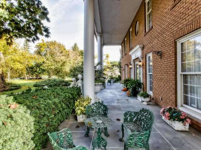Detached at 45 Stegman's Mill Rd, Vaughan, Ontario. Image 10