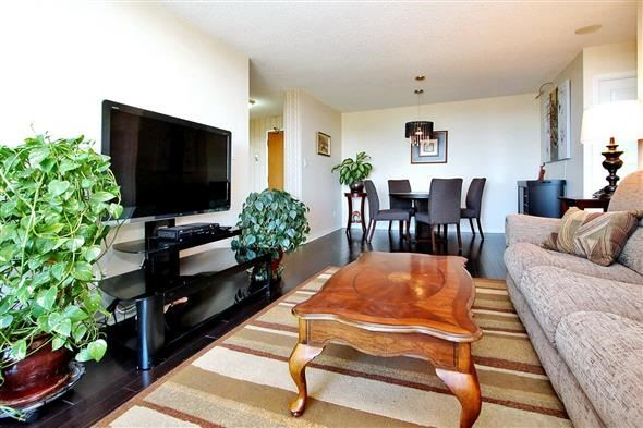 Condo Apartment at 29 Northern Heights Dr, Unit 707, Richmond Hill, Ontario. Image 16