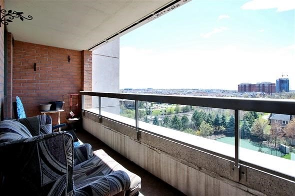 Condo Apartment at 29 Northern Heights Dr, Unit 707, Richmond Hill, Ontario. Image 18