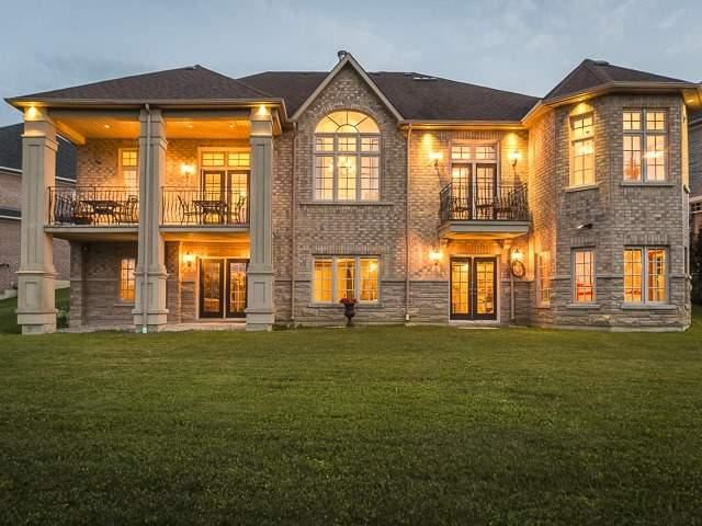 Detached at 125 Rainbow's End, Vaughan, Ontario. Image 13