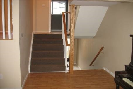 Condo Townhouse at 101 Eighth Ave, Unit 60, New Tecumseth, Ontario. Image 6