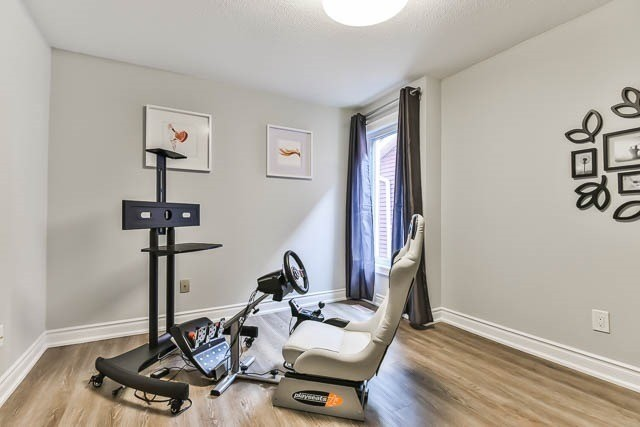 Semi-detached at 12 Foxglove Crt, Markham, Ontario. Image 4