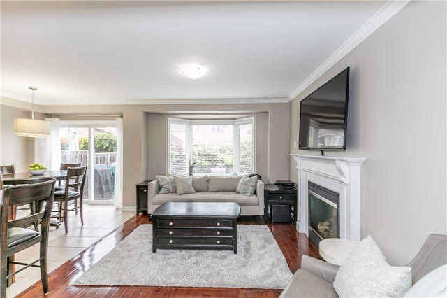 Semi-detached at 37 Harry Sanders Ave, Whitchurch-Stouffville, Ontario. Image 15