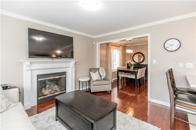 Semi-detached at 37 Harry Sanders Ave, Whitchurch-Stouffville, Ontario. Image 16
