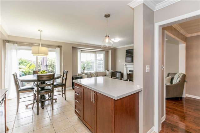 Semi-detached at 37 Harry Sanders Ave, Whitchurch-Stouffville, Ontario. Image 18