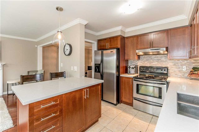 Semi-detached at 37 Harry Sanders Ave, Whitchurch-Stouffville, Ontario. Image 20