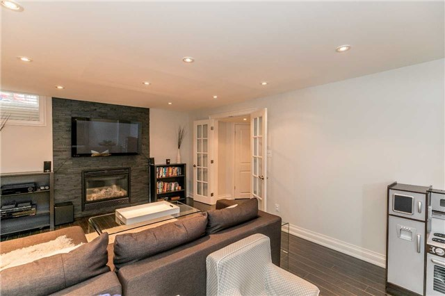 Semi-detached at 37 Harry Sanders Ave, Whitchurch-Stouffville, Ontario. Image 8