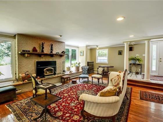Detached at 4834 Cherry St, Whitchurch-Stouffville, Ontario. Image 14