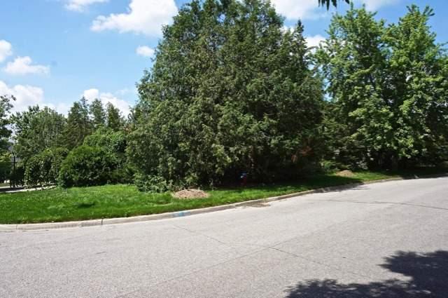 Detached at 2 Mair Crt, Richmond Hill, Ontario. Image 13