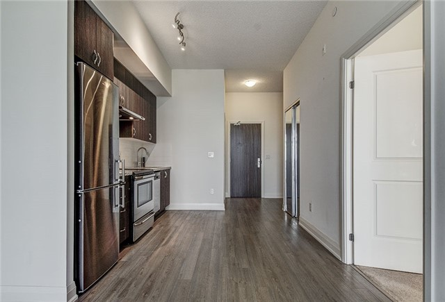 Condo Apartment at 8763 Bayview Ave, Unit 620, Richmond Hill, Ontario. Image 18