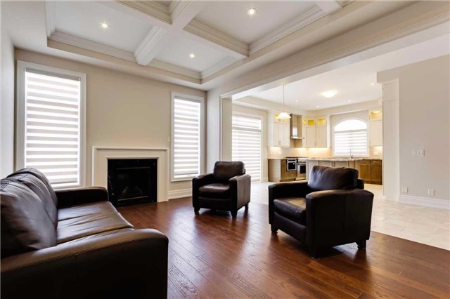 Detached at 77 Settlement Cres, Richmond Hill, Ontario. Image 19