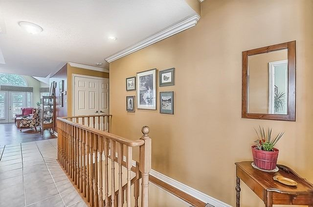 Condo With Common Elements at 25 Via Amici Dr, New Tecumseth, Ontario. Image 15