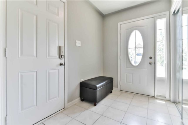 Townhouse at 55 Miltrose Cres, Whitchurch-Stouffville, Ontario. Image 10