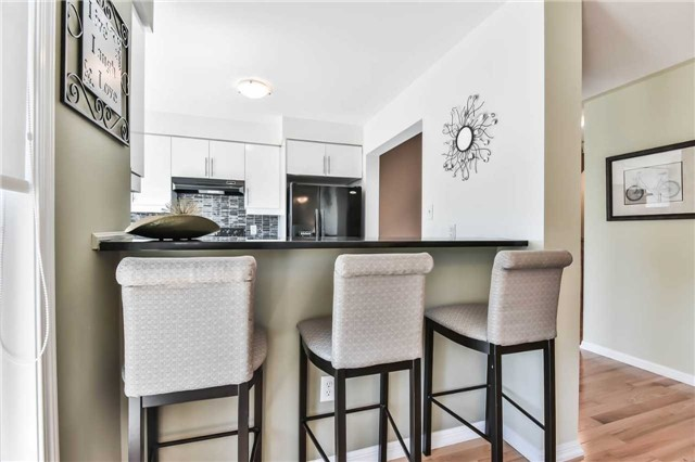Townhouse at 55 Miltrose Cres, Whitchurch-Stouffville, Ontario. Image 15
