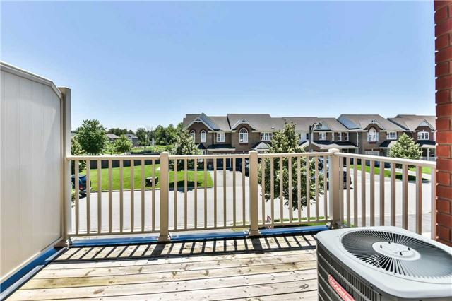 Townhouse at 55 Miltrose Cres, Whitchurch-Stouffville, Ontario. Image 7