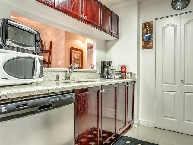 Condo Apartment at 399 South Park Rd, Unit 305, Markham, Ontario. Image 14