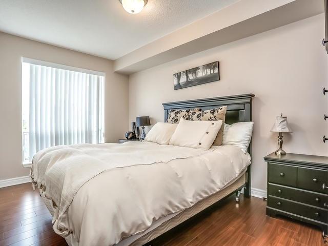 Condo Apartment at 399 South Park Rd, Unit 305, Markham, Ontario. Image 4