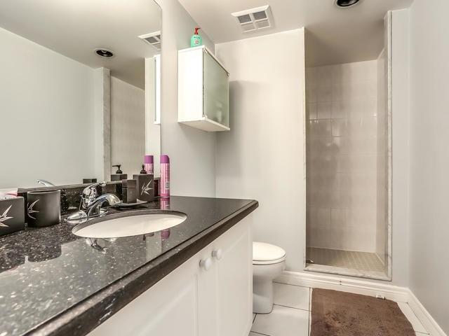 Condo Apartment at 399 South Park Rd, Unit 305, Markham, Ontario. Image 6