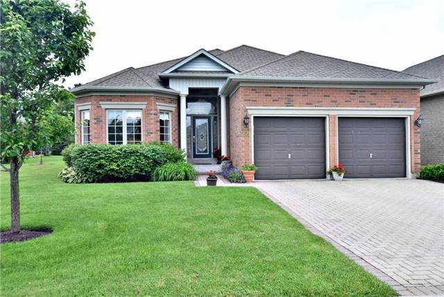 Detached at 22 Sir George, Whitchurch-Stouffville, Ontario. Image 1