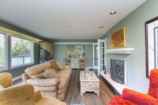 Detached at 4066 19th Ave, Markham, Ontario. Image 13