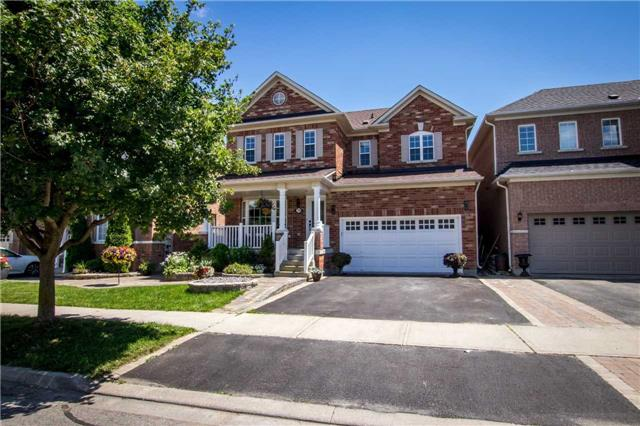 Detached at 39 Kirkvalley Cres, Aurora, Ontario. Image 1