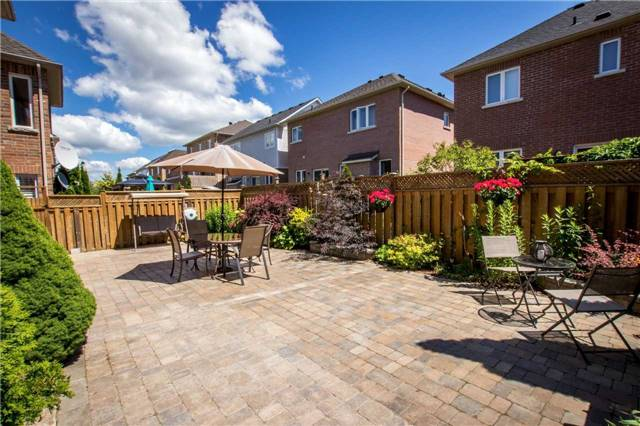 Detached at 39 Kirkvalley Cres, Aurora, Ontario. Image 11