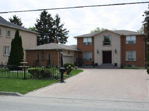 Detached at 29 Edgar Ave, Richmond Hill, Ontario. Image 1