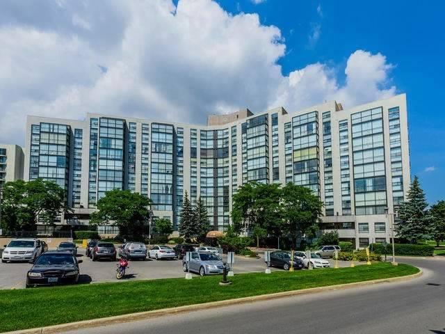 Condo Apartment at 30 Harding Blvd W, Unit 208, Richmond Hill, Ontario. Image 11