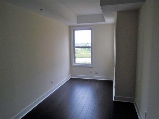 Condo Apartment at 28 Prince Regent St W, Unit Ph-40, Markham, Ontario. Image 2