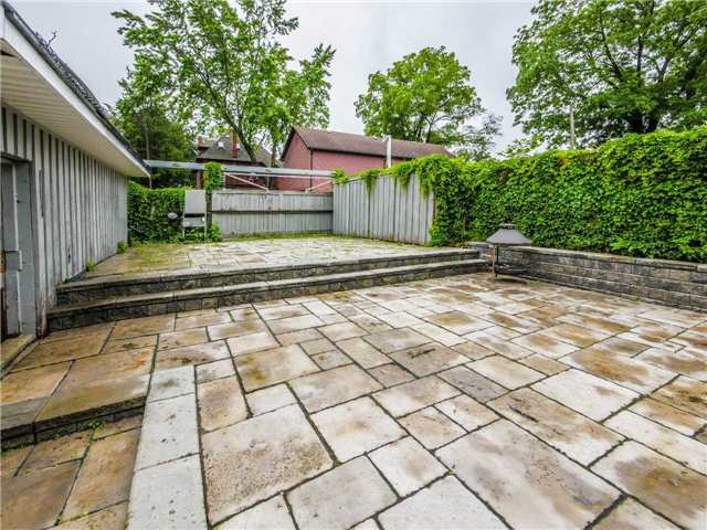 Detached at 34 Scanlon Ave, Bradford West Gwillimbury, Ontario. Image 10