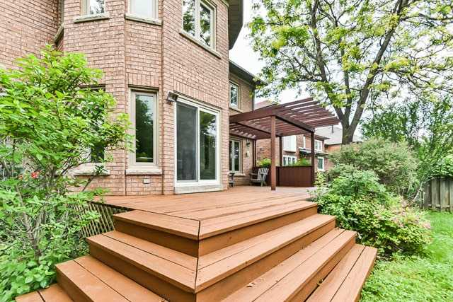 Detached at 28 Montclair Rd, Richmond Hill, Ontario. Image 11