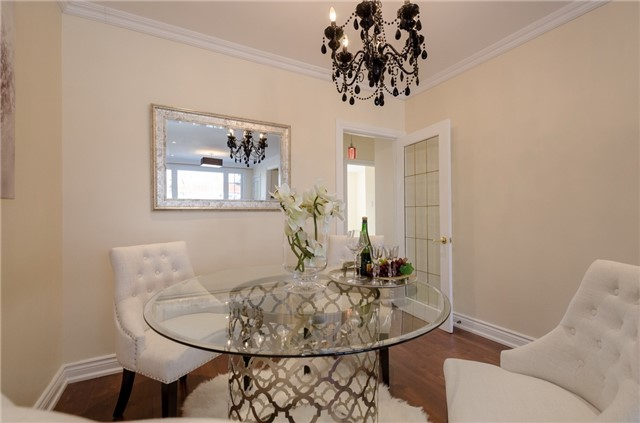 Semi-detached at 269 Mcconvey Dr, Richmond Hill, Ontario. Image 10