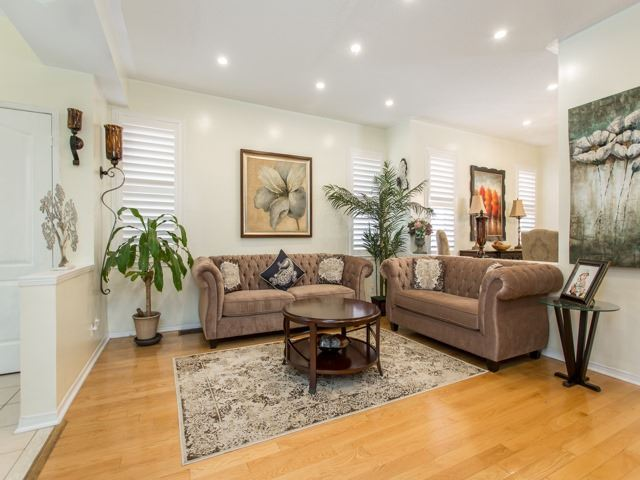 Detached at 111 Russell Jarvis Dr, Markham, Ontario. Image 14