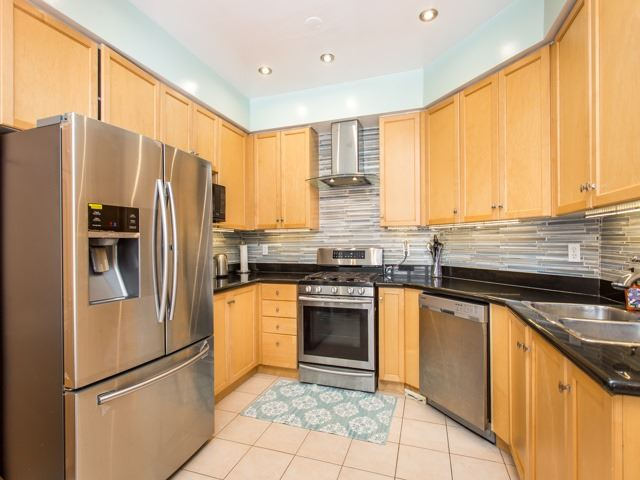 Detached at 111 Russell Jarvis Dr, Markham, Ontario. Image 20