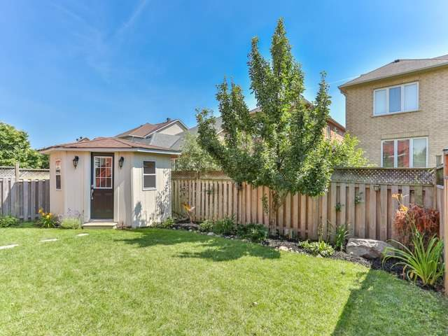 Detached at 111 Russell Jarvis Dr, Markham, Ontario. Image 13