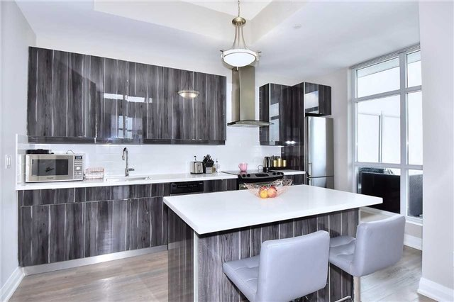 Condo Apartment at 8763 Bayview Ave, Unit 723, Richmond Hill, Ontario. Image 16