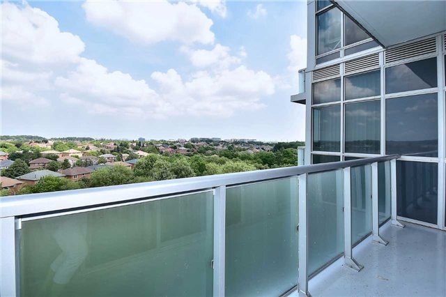 Condo Apartment at 8763 Bayview Ave, Unit 723, Richmond Hill, Ontario. Image 19