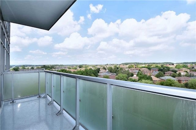 Condo Apartment at 8763 Bayview Ave, Unit 723, Richmond Hill, Ontario. Image 20