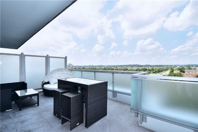 Condo Apartment at 8763 Bayview Ave, Unit 723, Richmond Hill, Ontario. Image 2