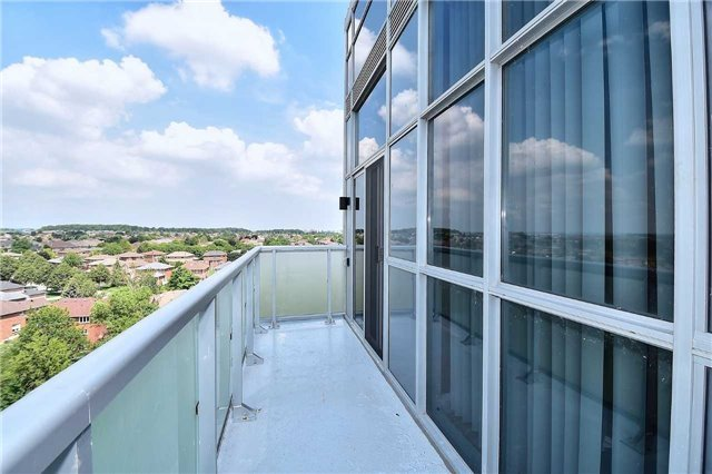 Condo Apartment at 8763 Bayview Ave, Unit 723, Richmond Hill, Ontario. Image 6