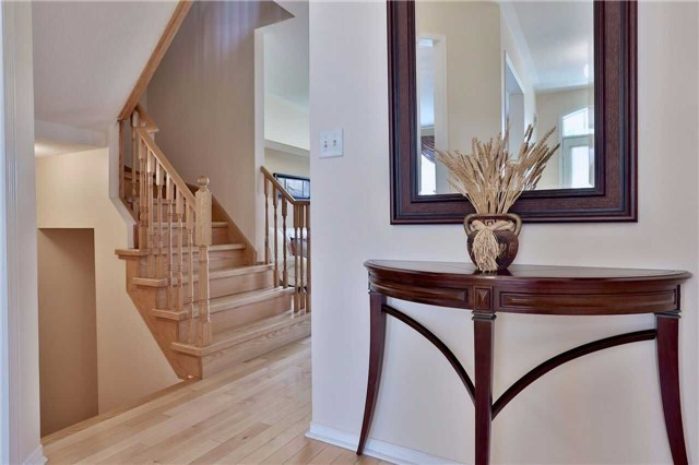 Townhouse at 474 The Bridle Walk Ave, Markham, Ontario. Image 16
