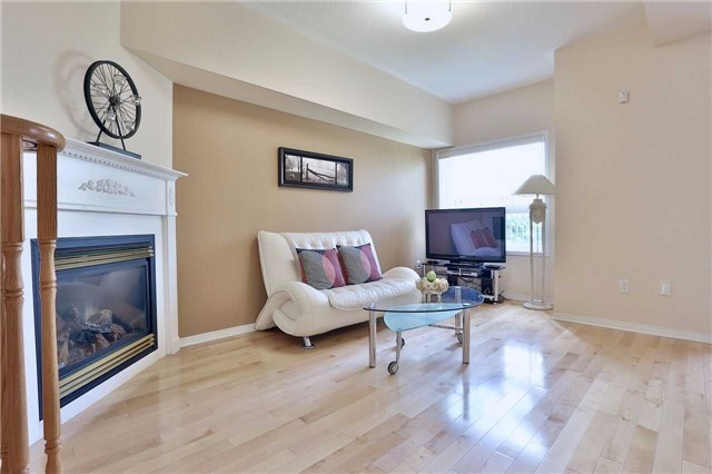 Townhouse at 474 The Bridle Walk Ave, Markham, Ontario. Image 17