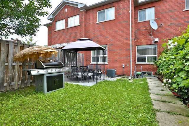 Townhouse at 474 The Bridle Walk Ave, Markham, Ontario. Image 10