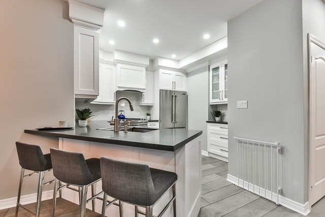 Detached at 275 Country Glen Rd, Markham, Ontario. Image 18