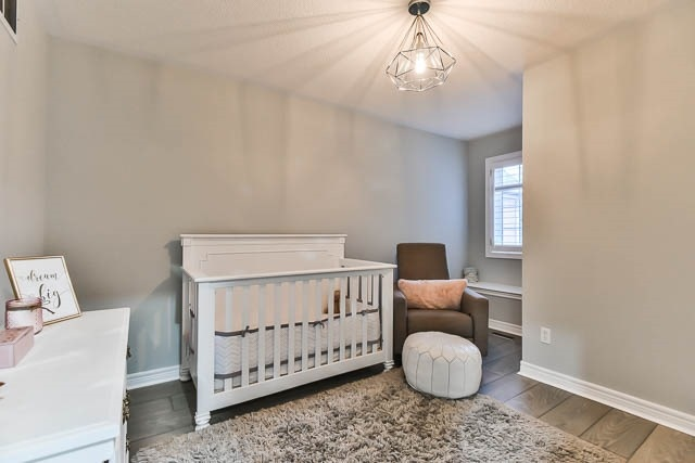 Detached at 275 Country Glen Rd, Markham, Ontario. Image 4
