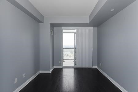 Condo Apartment at 55 Oneida Cres, Unit 1707, Richmond Hill, Ontario. Image 3