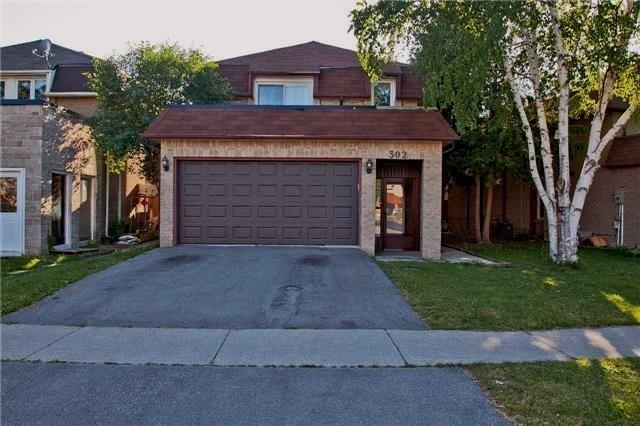 Detached at 302 Mullen Dr, Vaughan, Ontario. Image 13
