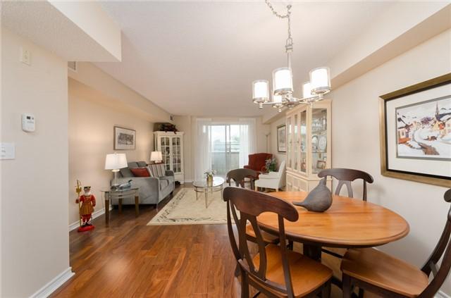 Condo Apartment at 121 Woodbridge Ave, Unit 304, Vaughan, Ontario. Image 14