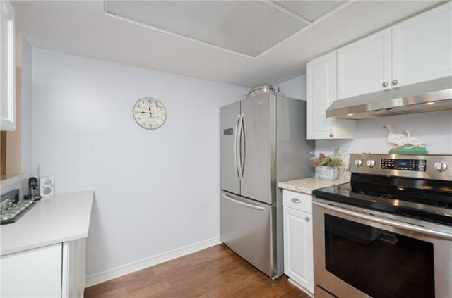 Condo Apartment at 121 Woodbridge Ave, Unit 304, Vaughan, Ontario. Image 16