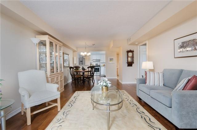 Condo Apartment at 121 Woodbridge Ave, Unit 304, Vaughan, Ontario. Image 20